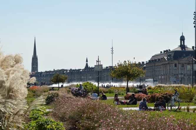 Bordeaux, one of the destinations well known for its wine on our list of weekend trips from Paris