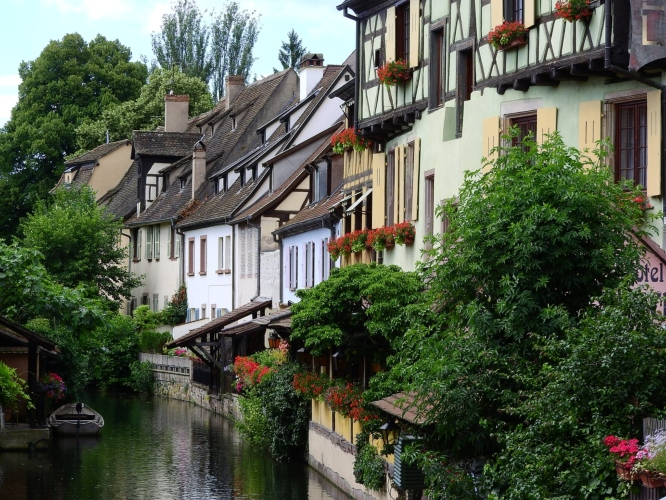 Colmar, the ideal base for exploring the local wine routes on a weekend getaway from Paris