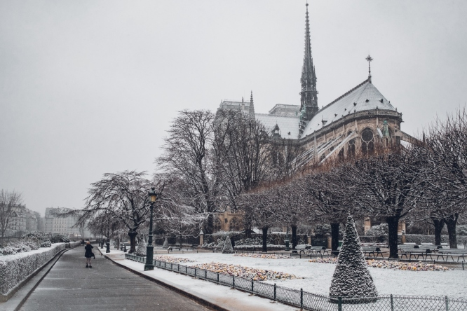 Winter, the least expensive time to visit Paris
