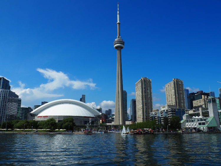 hings to Do in Toronto on Christmas Day - Going Up the CN Tower