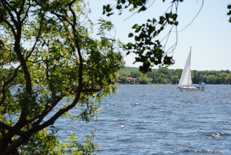Sailing, one of the popular things to do in Belleville