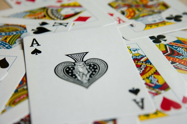 Playing cards, an item to include on your packing list for Jamaica